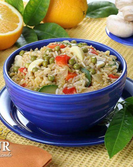 receita Arroz com legumes e suco de laranja