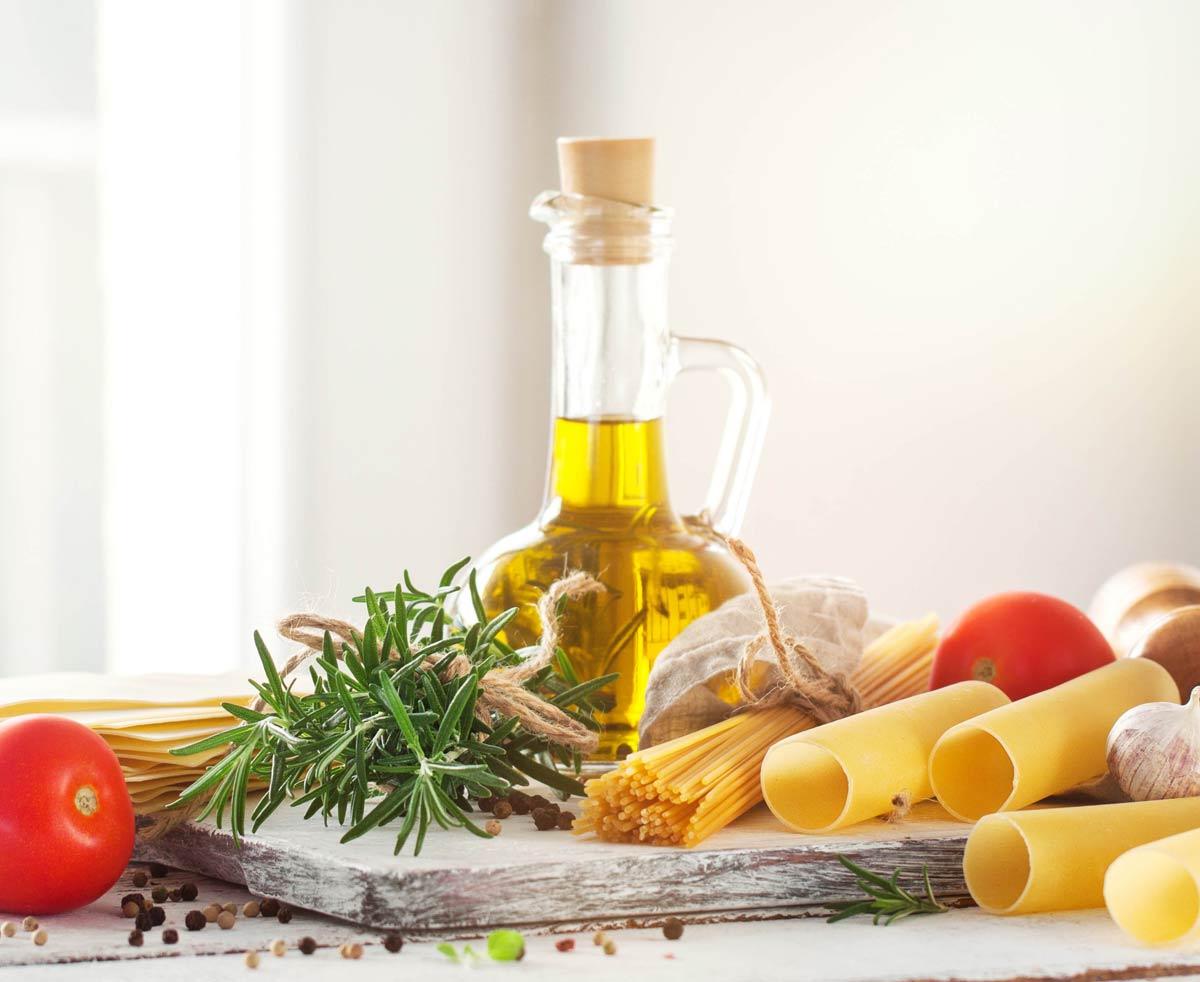 Saiba a Diferença entre óleo de farelo de arroz e azeite de oliva