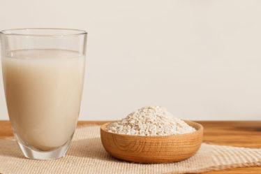 Clareamento de manchas na pele com água de arroz