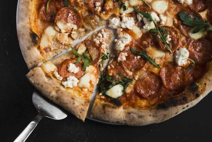Dia da Pizza: Receita de massa de arroz para pizza